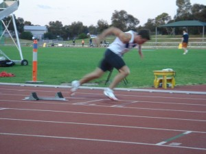 Tom Cade out of the blocks at the 2006 Australian University Games
