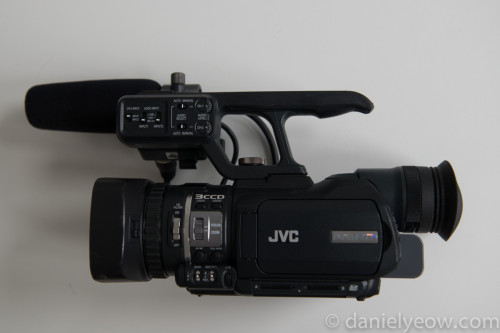 For Sale: JVC GY-HM100u