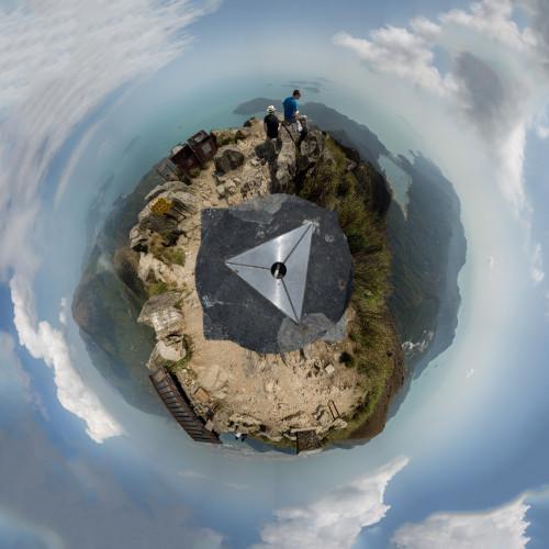 lantau-peak-panorama-circle