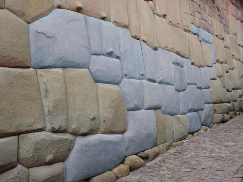 Incas' stone fitting